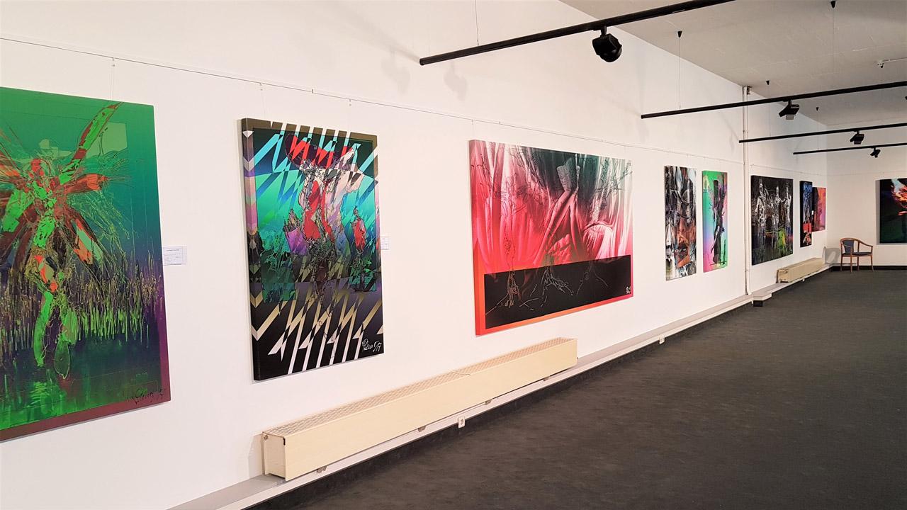 Karl-Heinz Plener - Zeichnerische Collagen zwischen digital und analog - Blick in die Ausstellungshalle