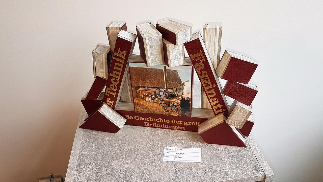 Volker Riemenschneider - Buch- und Papierskulpturen - Technik